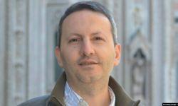 احمدرضا جلالی که اخیراً به اعدام محکوم شده، از اردیبهشت سال ۹۵ در زندان به سر میبرد.