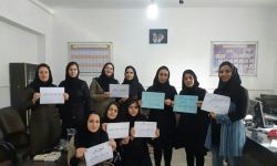c_250_150_16777215_00_https___persian.iranhumanrights.org_wp-content_uploads_معلمان.jpg